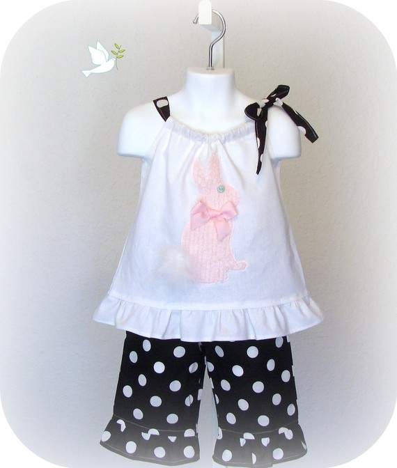 Easter Bunny Black N White Dots Capri Set